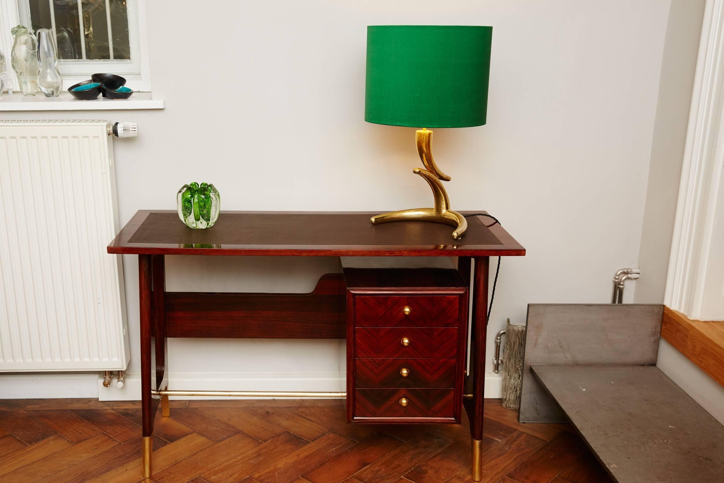 Lady Desk